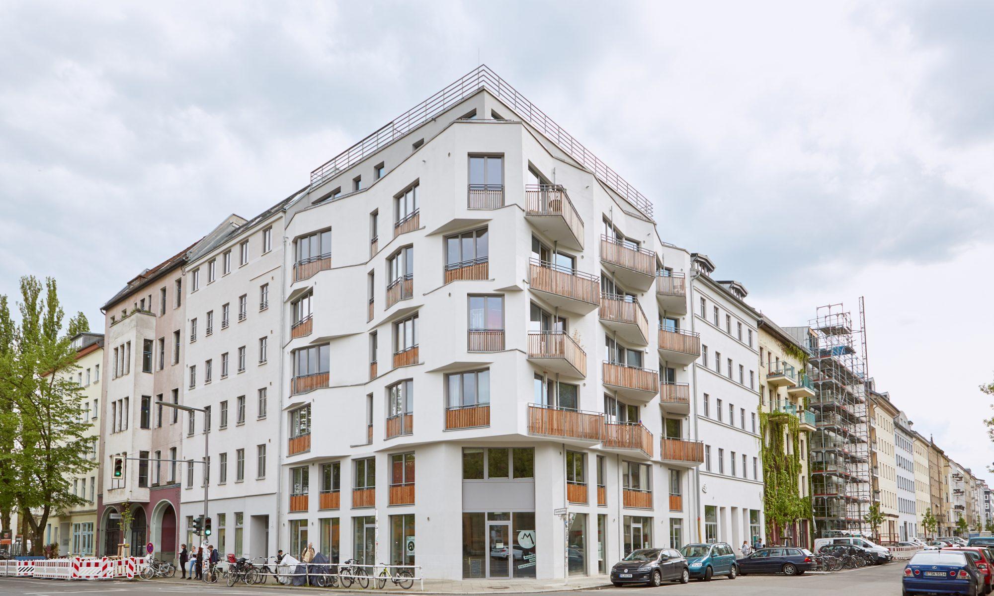 Neubau, Forum Kreuzberg. Derzeitiges Berliner Base-Camp von Lebenswege… und Holistic Biography Work.