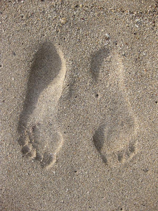 foot_prints_sand2--foto-von-karl-heinz-finke